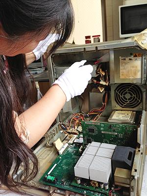 PowerMacG4 QuickSilver電源ユニット交換修理