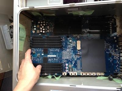PowerMacG5 2.3DCのロジックボード交換