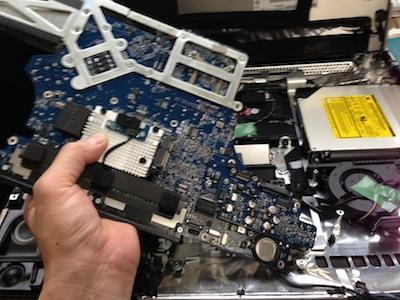 iMac2008ロジックボードの交換