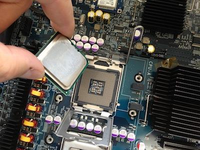 Mac Pro CPU取り外す