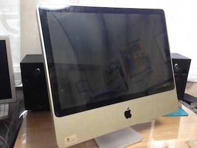 電源の入らないiMac