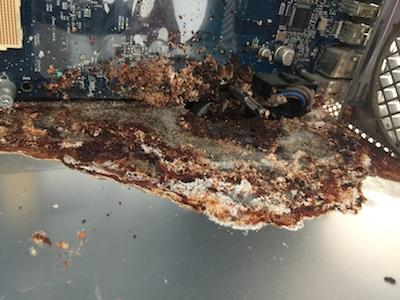 CPU冷却液漏れ